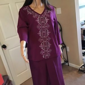 Woman's Alfred Dunner Pantsuit